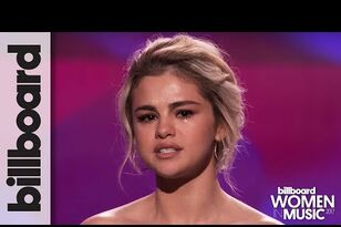 Selena Gomez Accepted Her 'Woman Of The Year' Award