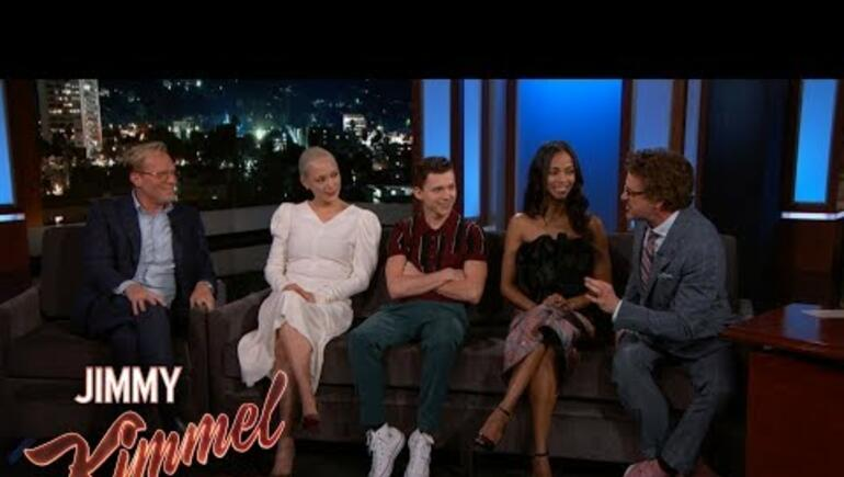 Avengers Cast Talk Reading Fake Scripts & Who Hasn't Seen The Movie Yet