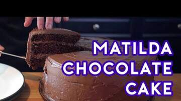Jaylah - [TBT] Matilda Chocolate cake ... yes please!