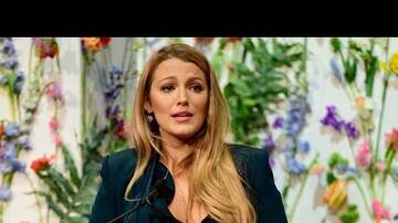 Min Lee - Blake Lively Gives Emotional Speech on Tough Topic
