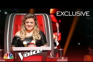 "Kelly Clarkson is SO excited on ""The Voice""."