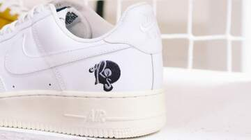 DJ Lexx Jonez - The Roc-A-Fella AF1 Is Back!