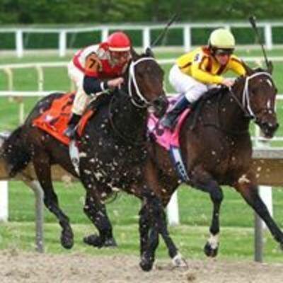 Horse Racing Talk on KXnO