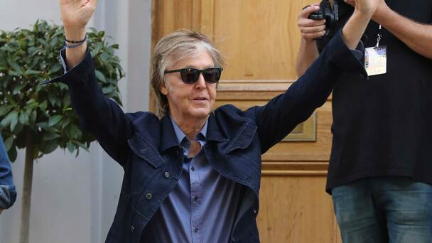 Paul McCartney Says He's Done Taking Selfies, Signing Autographs
