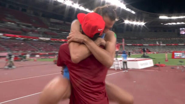 Watch the heartwarming moment two high jumpers decide to share Olympic G...